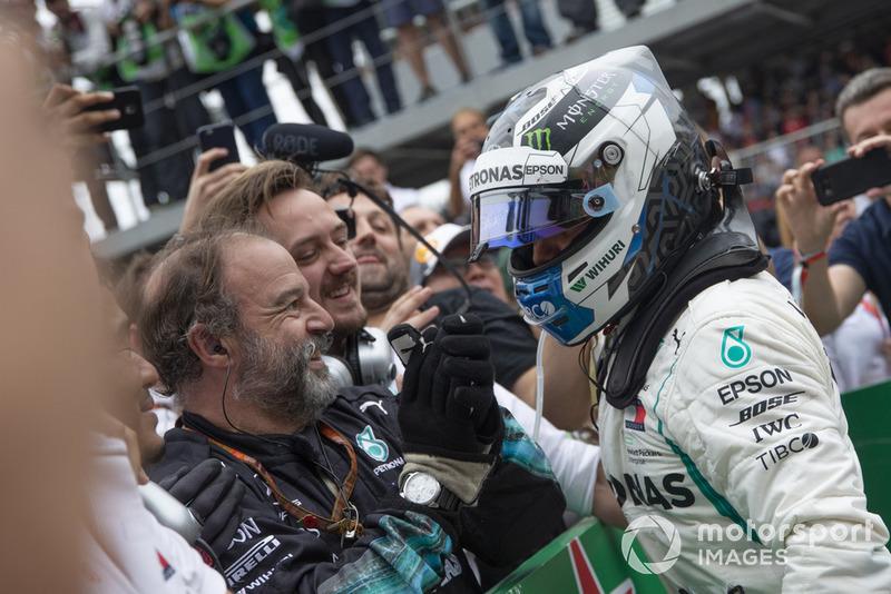 Valtteri Bottas, Mercedes AMG F1 celebra en Parc Ferme