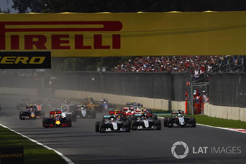 Lewis Hamilton, Mercedes F1 W07 Hybrid, Nico Rosberg, Mercedes F1 W07 Hybrid, Nico Hulkenberg, Force