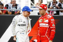 Valtteri Bottas, Mercedes AMG F1, Sebastian Vettel, Ferrari, talk after Qualifying