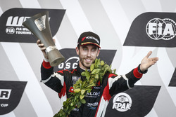 Podio: segundo puesto Esteban Guerrieri, ALL-INKL.COM Münnich Motorsport Honda Civic Type R TCR