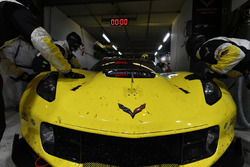 Les mécaniciens de la #64 Corvette Racing Chevrolet Corvette C7.R: Oliver Gavin, Tommy Milner, Marcel Fassler