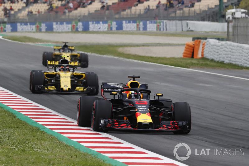Даніель Ріккардо, Red Bull Racing RB14, Карлос Сайнс-мол., Renault Sport F1 Team R.S. 18.