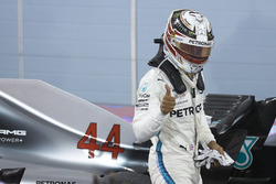 Lewis Hamilton, Mercedes AMG F1, 3rd position, hives a thumbs up in Parc Ferme
