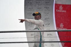 الفائز بالسباق لويس هاميلتون، مرسيدس