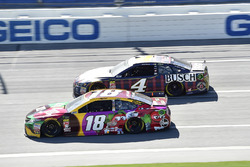 Kyle Busch, Joe Gibbs Racing, Toyota Camry M&M's Flavor Vote, Kevin Harvick, Stewart-Haas Racing, Ford Fusion Busch Beer Flannel