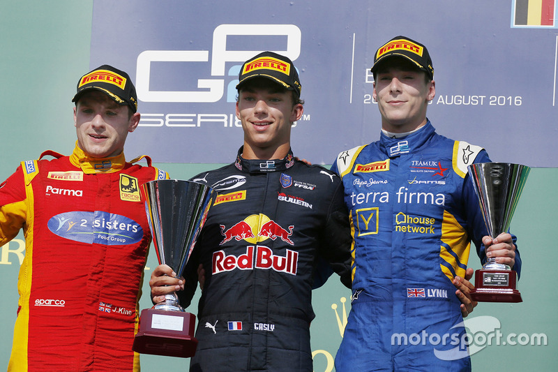 Podium: winner Pierre Gasley, PREMA Racing, second place Jordan King, Racing Engineering, third place Alex Lynn, DAMS