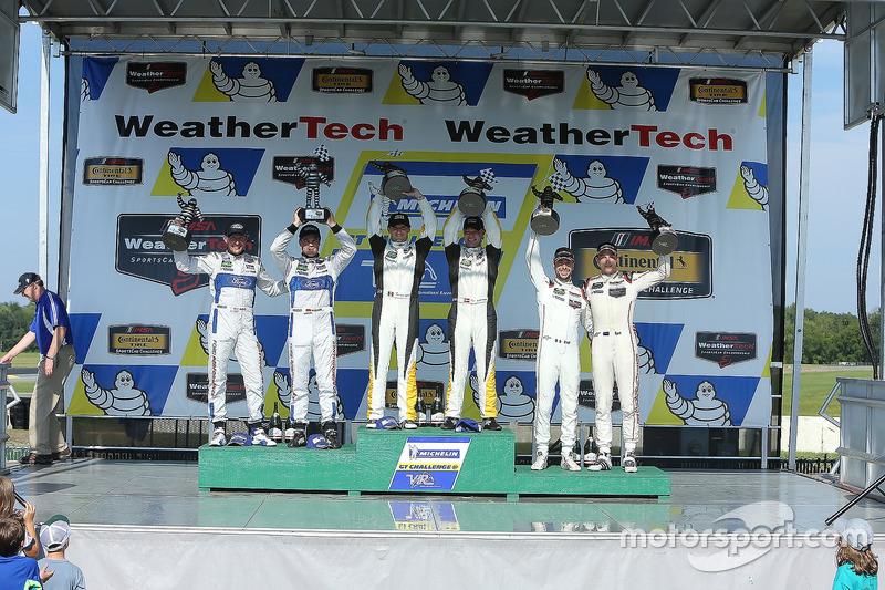 GTLM Podium: race winners Antonio Garcia, Jan Magnussen, Corvette Racing, second place Joey Hand, Di
