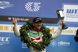 Podio: segundo lugar Norbert Michelisz, Honda Racing Team JAS, Honda Civic WTCC