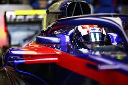 Pierre Gasly, Toro Rosso, en su cabina
