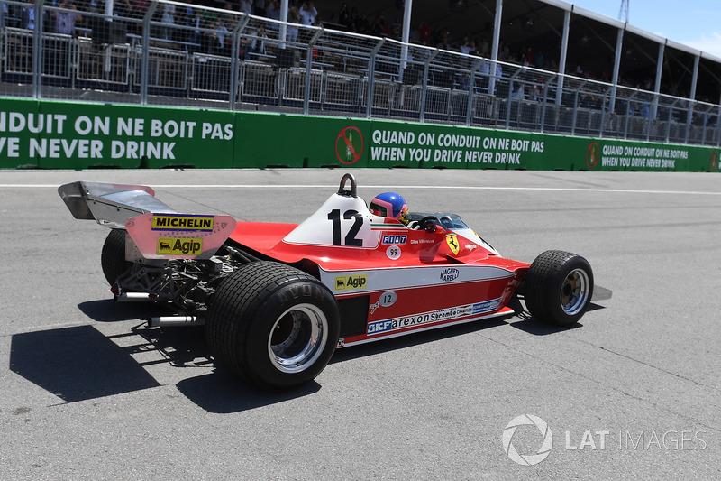 Жак Вильнёв за рулем Ferrari 312T 1978 года Жиля Вильнёва