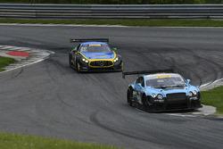 #3 K-PAX Racing Bentley Continental GT3: Rodrigo Baptista, Maxime Soulet, #80 Lone Star Racing Merce