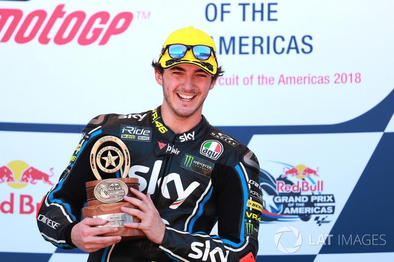 Francesco Bagnaia, Sky Racing Team VR46, fête sa victoire sur le podium