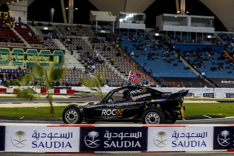 Petter Solberg del equipo Nórdico en el ROC Car