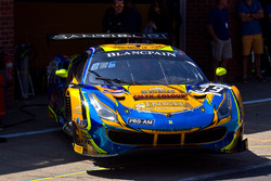 #39 TP 12 - Kessel Racing Ferrari 488 GT3: Piti Bhirombhakdi, Carlo Van Dam