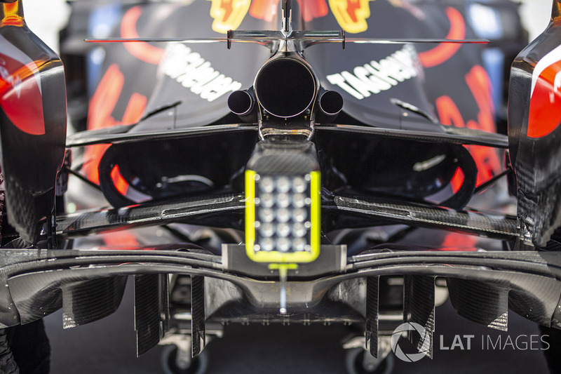 Red Bull Racing RB14 exhaust detail