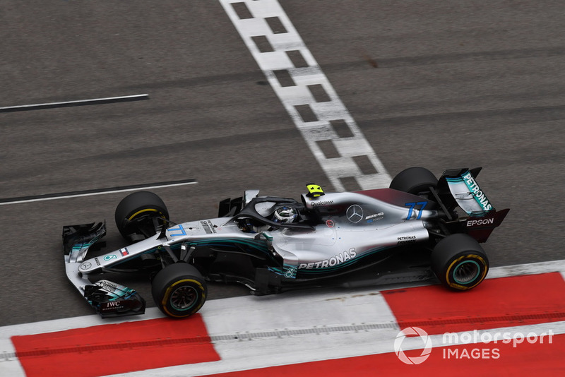 Wolff tegen Bottas na de finish van de race