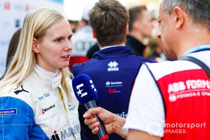 Beitske Visser, BMW I Andretti Motorsports, parle à la presse