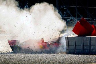Sebastian Vettel, Ferrari crash