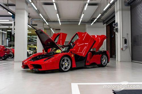 Vettel Ferrari Enzo on sale