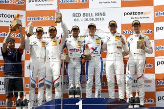 Podium: Sieger #1 Callaway Competition Corvette C7 GT3-R: Marvin Kirchhöfer, Daniel Keilwitz, 2. #42