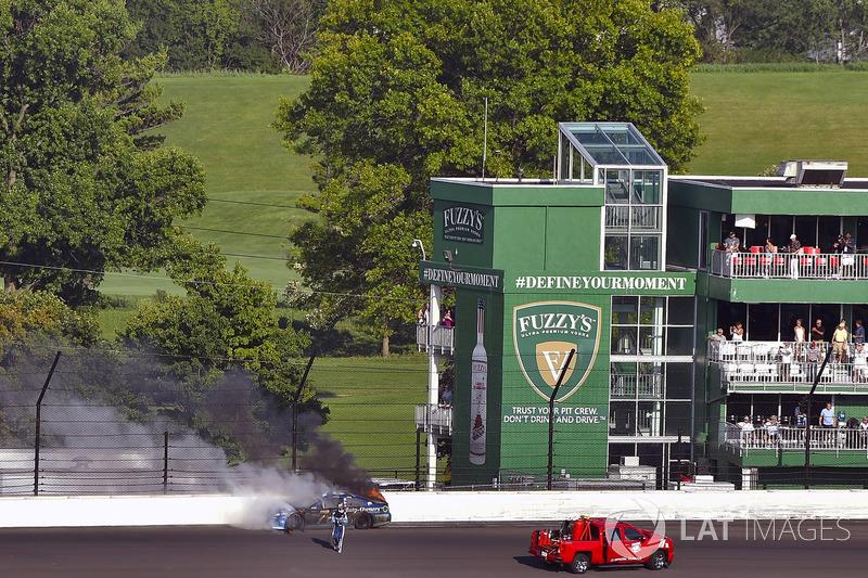 Crash: Martin Truex Jr., Furniture Row Racing Toyota