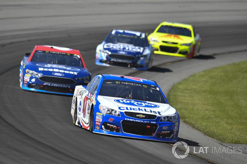 A.J. Allmendinger, JTG Daugherty Racing Chevrolet, Trevor Bayne, Roush Fenway Racing Ford