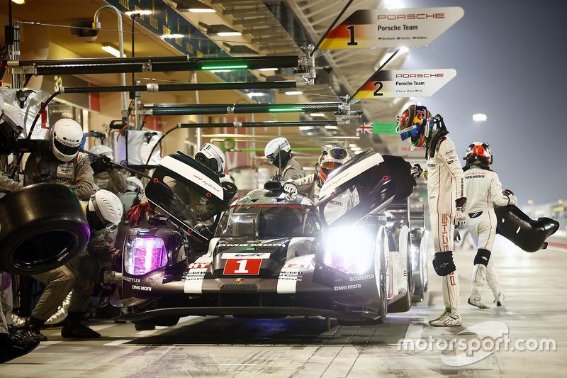 7. Тимо Бернхард, Марк Уэббер, Брендон Хартли, Porsche 919 Hybrid
