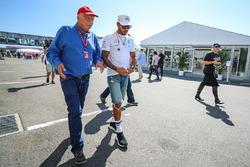 Невиконавчий директор Mercedes AMG F1 Нікі Лауда, Льюіс Хемілтон, Mercedes AMG F1