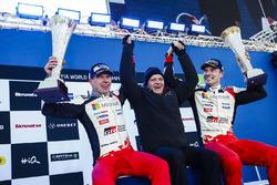 Podium: winners Jari-Matti Latvala, Miikka Anttila, Toyota Racing with Tommi Makinen