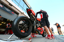 Marco Melandri, Ducati Team bike