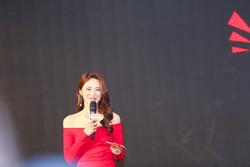 2017环塔发布会,美女主持人