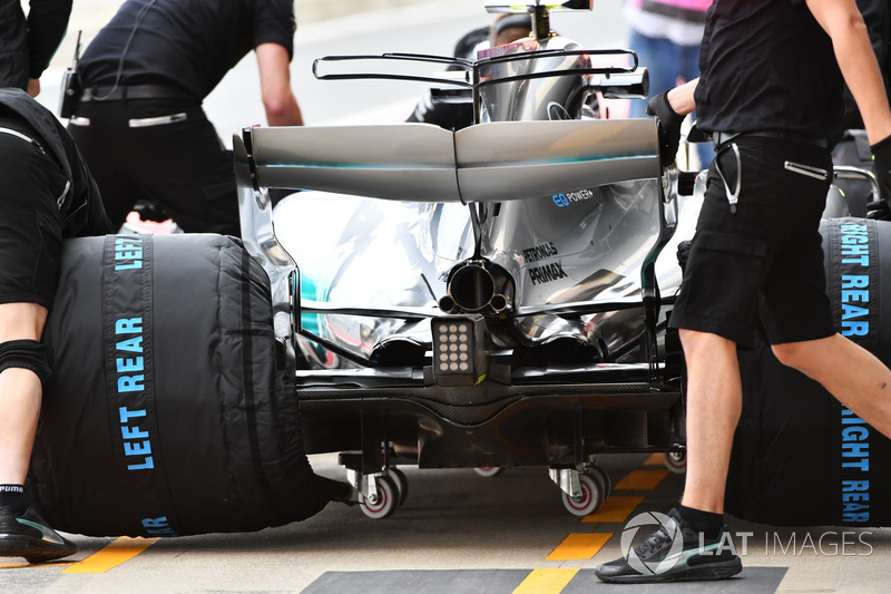 Valtteri Bottas, Mercedes-Benz F1 W08  rear