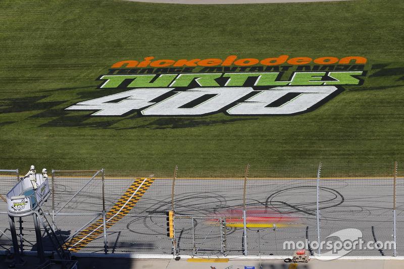 Teenage Mutant Ninja Turtles 400 at Chicagoland Speedway