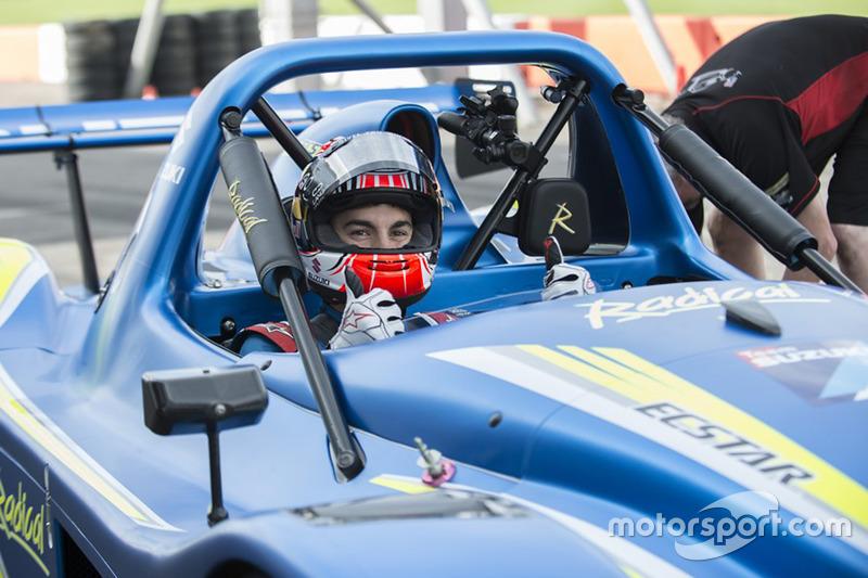 Maverick Viñales prueba el Radical SR3 con motor Suzuki GSX1300R Hayabusa