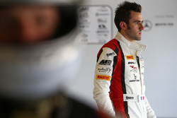 #88 Akka ASP, Mercedes-AMG GT3: Tristan Vautier