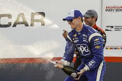 Race winner Josef Newgarden, Team Penske Chevrolet, second place Will Power, Team Penske Chevrolet