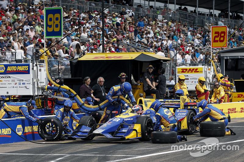 Alexander Rossi, Herta - Andretti Autosport Honda pit stop