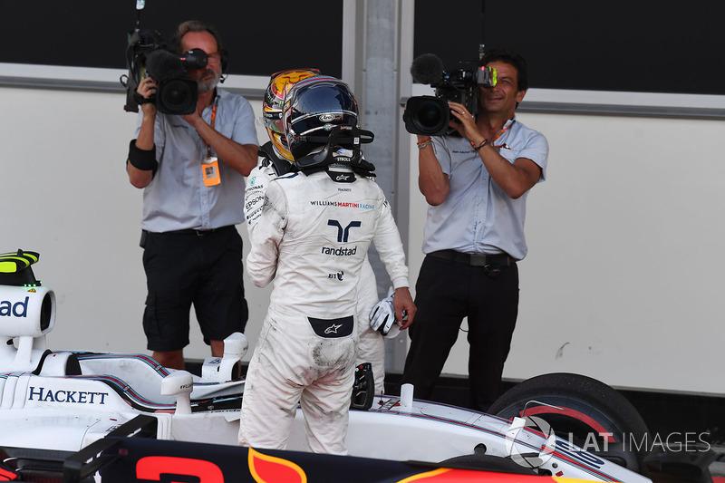Fernando Alonso, McLaren ve Lance Stroll, Williams, parc ferme