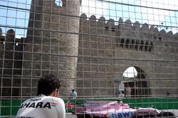 Sergio Perez, Sahara Force India volgt Esteban Ocon, Sahara Force India VJM10 na crash