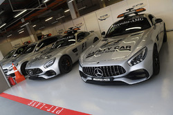 Safety cars and Medical cars
