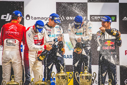 Podium: 1. Ott Tänak, Martin Järveoja, Ford Fiesta WRC, M-Sport, 2. Andreas Mikkelsen, Anders Jäger, Citroën C3 WRC, Citroën World Rally Team, 3. Sébastien Ogier, Julien Ingrassia, Ford Fiesta WRC, M-Sport