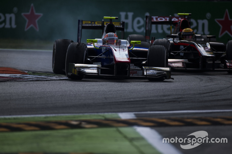 Luca Ghiotto, Trident leads Arthur Pic, Rapax