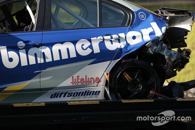 #81 BimmerWorld Racing BMW 328i: Jerry Kaufman, Kyle Tilley dopo un incidente