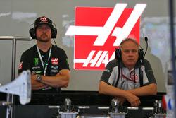 Haas confident Kurt Busch will be back in 2018