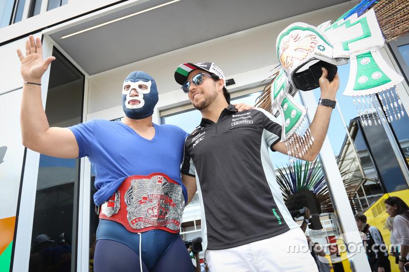 Серхио Перес и Голубой Демон-младший
