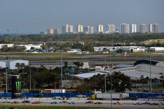 Daytona International Speedway und Daytona International Airport