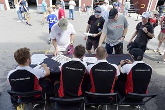 #911 Porsche Team North America Porsche 911 RSR, GTLM - Patrick Pilet, Nick Tandy, #912 Porsche Team North America Porsche 911 RSR, GTLM - Laurens Vanthoor, Earl Bamber, signs autographs for fans