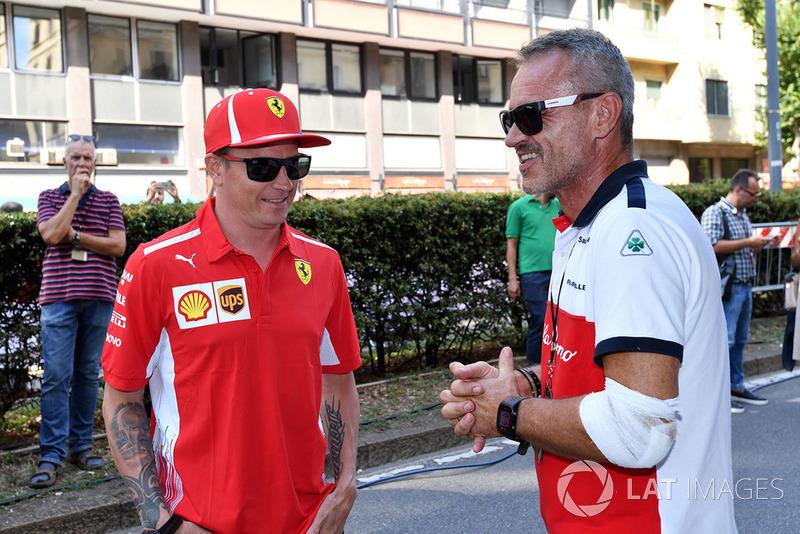 Kimi Raikkonen, Ferrari y Beat Zehnder, Sauber Manager