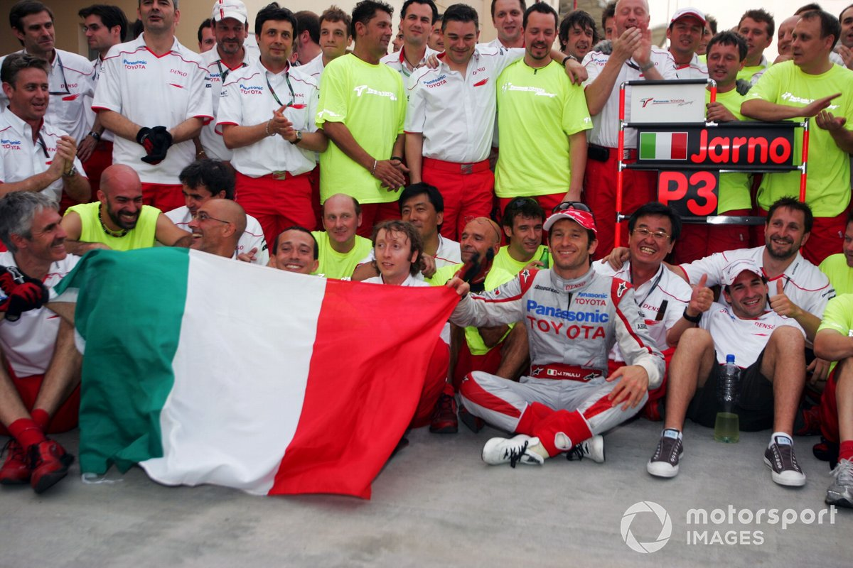 Jarno Trulli, Toyota celebrates his third position with the team