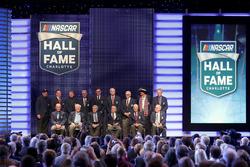 Los nuevos miembros del Salón de la Fama de NASCAR.